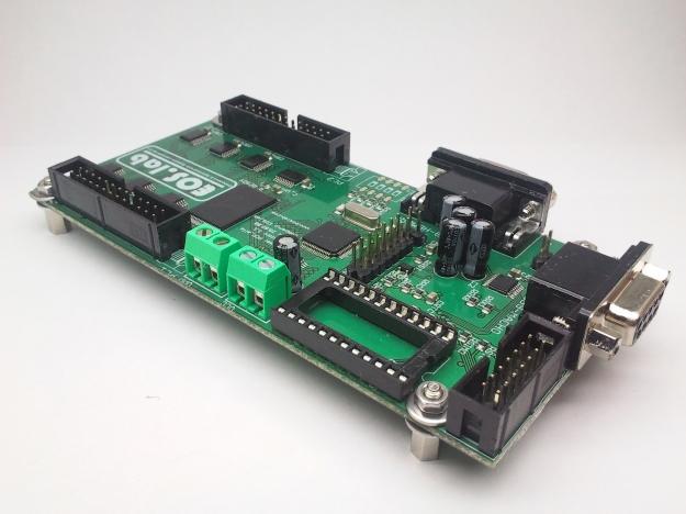 Tarjeta de control de display LED modelo alfa. Vista desde el reloj de tiempo real.